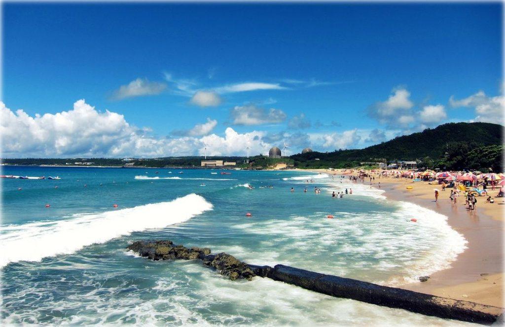 墾丁一望無際的海景和悠閒氛圍吸引許多外國人來此定居
